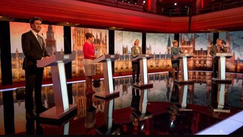 """英国大选落定,洲明小间距LED屏助阵英国工党与保守党""""在野互殴"""""""
